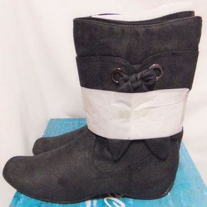 EASY STREET Appeal Mid Calf/Ankle Boot 9.5 W Wide